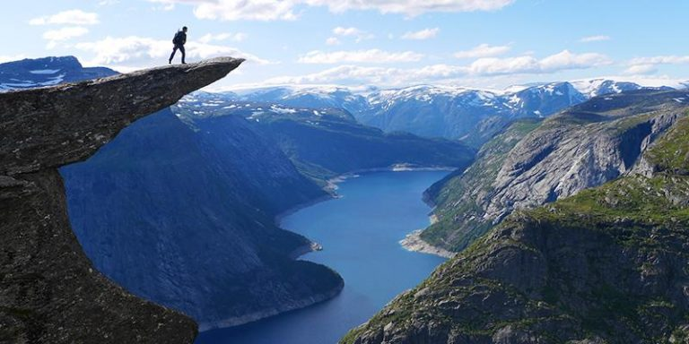 Trekking-tour ai punti panoramici più belli della Norvegia: Trolltunga, Preikestolen e Kjerag